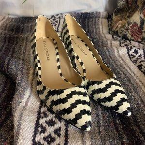 Vintage 80s via Spiga snake skin kitten heel pumps